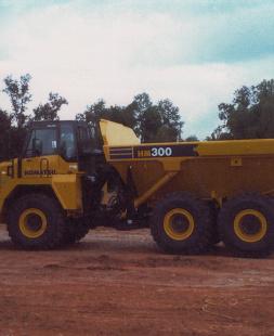 Komatsu HM300